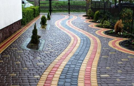 На что обращать внимание при выборе тротуарной плитки?